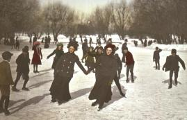 The artificial pond at Van Cleve was a popular skating rink. (Minneapolis Park and Recreation Board)
