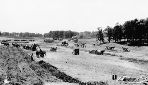 Work crews building what became Victory Memorial Drive in north Minneapolis in either 1916 or 1920. (Minneapolis Park and Recreation Board)