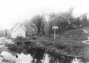 This photo of the ice house at Glenwood-Inglewood springs was reportedly taken about 1894. The management of the Glenwood and Inglewood springs began their collboration in 1896. (Minnesota Historical Society)
