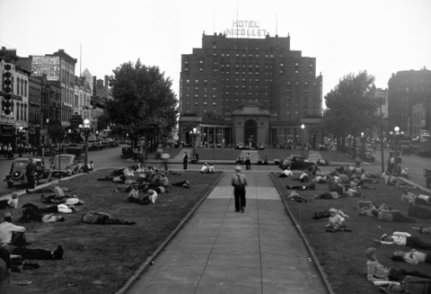 This infamous 1937 photo may overstate the case, but it does suggest one common use of the park. (Minneapolis Star Journal, Minnesota Historical Society)